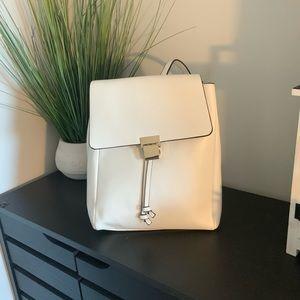 Stunning white bag